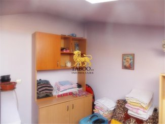 Sibiu, apartament cu 4 camere de vanzare
