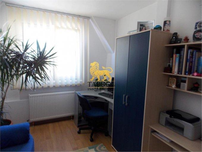 vanzare apartament cu 4 camere, decomandat, in zona Valea Aurie, orasul Sibiu