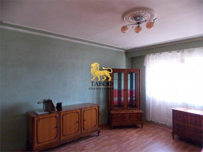 Apartament de vanzare direct de la agentie imobiliara, in Sibiu, in zona Turnisor, cu 56.000 euro. 2 grupuri sanitare, suprafata utila 95 mp.