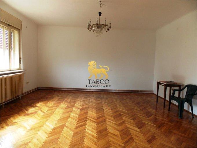 Apartament de inchiriat direct de la agentie imobiliara, in Sibiu, in zona Trei Stejari, cu 350 euro. 1 grup sanitar, suprafata utila 110 mp.