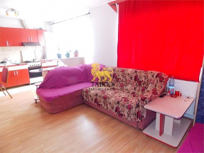 vanzare Apartament Sibiu cu 4 camere, cu 2 grupuri sanitare, suprafata utila 87 mp. Pret: 38.200 euro.