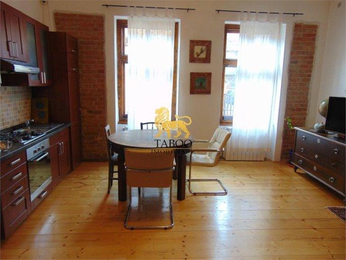 vanzare Apartament Sibiu cu 4 camere, cu 1 grup sanitar, suprafata utila 87 mp. Pret: 94.000 euro.