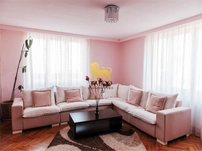 vanzare Apartament Sibiu cu 4 camere, cu 3 grupuri sanitare, suprafata utila 147 mp. Pret: 179.000 euro.