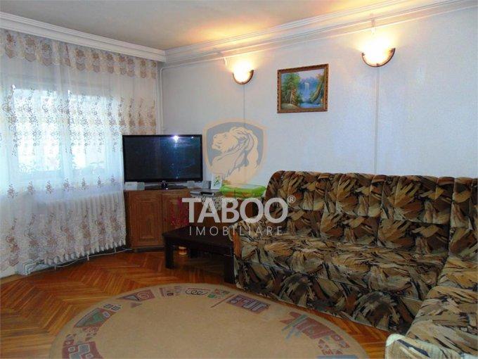 vanzare Apartament Sibiu cu 4 camere, cu 2 grupuri sanitare, suprafata utila 80 mp. Pret: 63.000 euro.