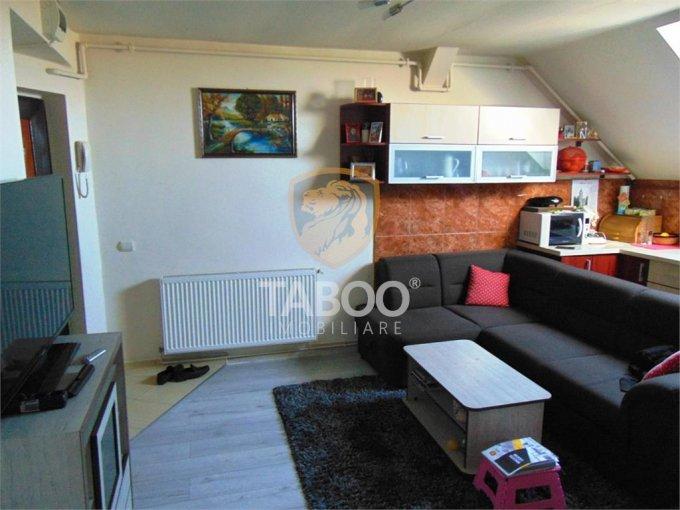 Apartament vanzare Terezian cu 4 camere, etajul Mansarda / 5, 1 grup sanitar, cu suprafata de 75 mp. Sibiu, zona Terezian.