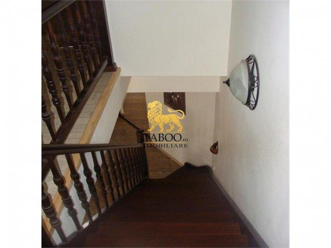 vanzare apartament cu 5 camere, decomandat, in zona Strand, orasul Sibiu