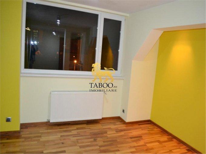 vanzare apartament cu 5 camere, decomandat, orasul Sibiu