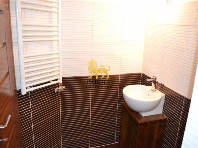 Apartament cu 5 camere de vanzare, confort 1, Sibiu