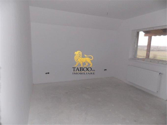 vanzare apartament decomandat, zona Strand, orasul Sibiu, suprafata utila 175 mp