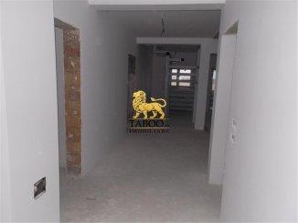 Apartament cu 5 camere de vanzare, confort 1, zona Strand,  Sibiu