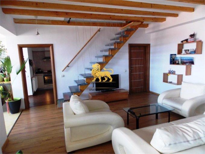 inchiriere Apartament Sibiu cu 5 camere, cu 2 grupuri sanitare, suprafata utila 122 mp. Pret: 430 euro.