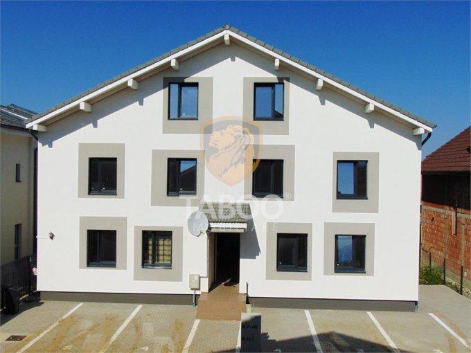 Apartament vanzare Sibiu 5 camere, suprafata utila 106 mp, 2 grupuri sanitare. 55.000 euro. Etajul 1 / 2. Apartament Calea Cisnadiei Sibiu