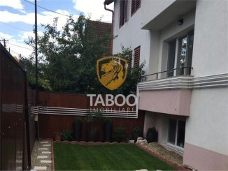 agentie imobiliara vand apartament decomandat, in zona Parcul Sub Arini, orasul Sibiu