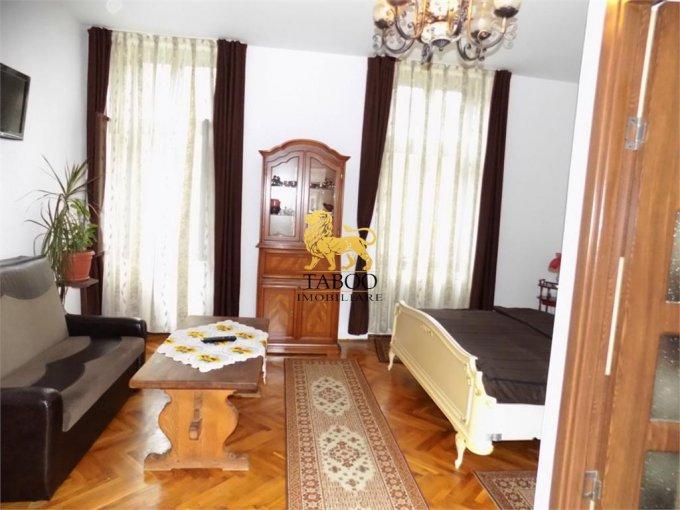 Birou de inchiriat Sibiu cu 1 camera, cu 1 grup sanitar, suprafata 30 mp. Pret: 250 euro.