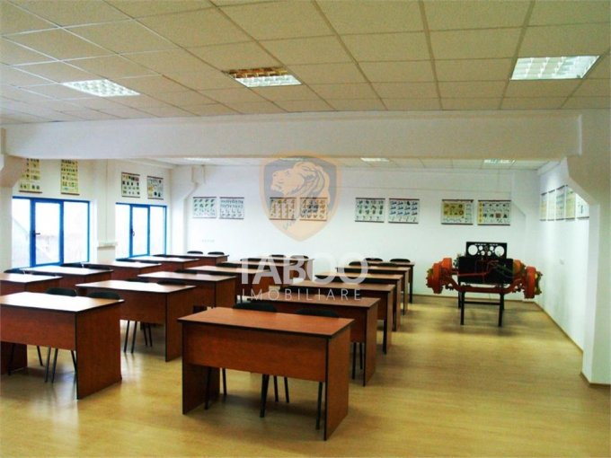 Birou de inchiriat direct de la agentie imobiliara, in Sibiu, zona Turnisor, cu 518 euro. 1 grup sanitar, suprafata utila 109 mp.
