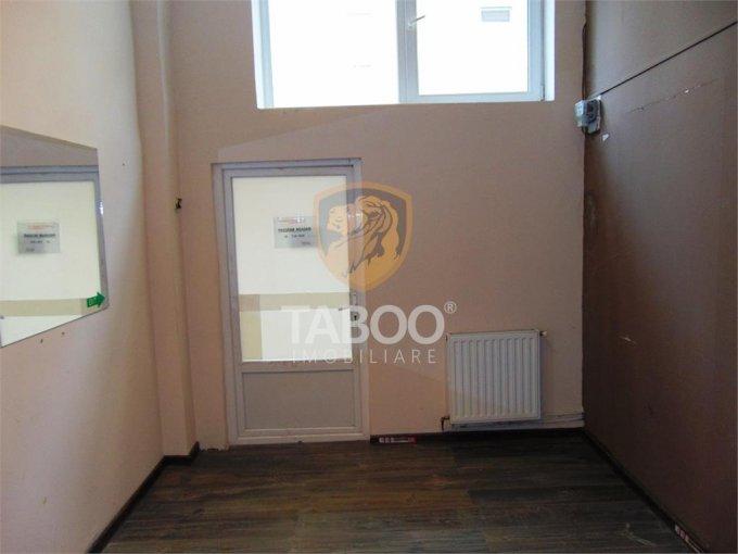 Birou de inchiriat direct de la agentie imobiliara, in Sibiu, cu 150 euro. 1 grup sanitar, suprafata utila 16 mp.