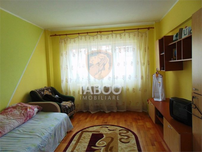 inchiriere Birou Sibiu cu 2 camere, 1 grup sanitar, avand suprafata de 58 mp. Pret: 500 euro. agentie imobiliara inchiriez Birou.