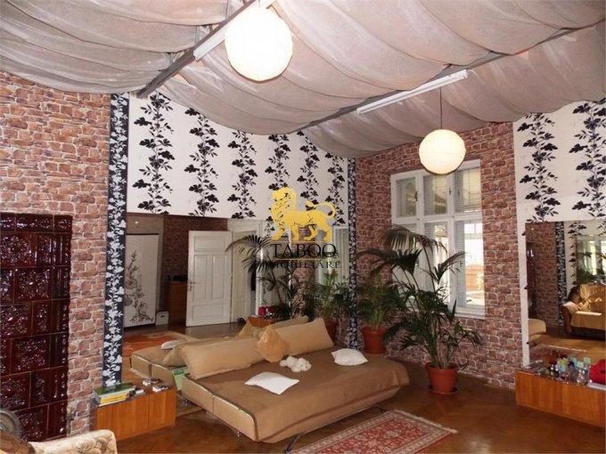 inchiriere Birou Sibiu cu 3 camere, 1 grup sanitar, avand suprafata de 106 mp. Pret: 350 euro. agentie imobiliara inchiriez Birou.