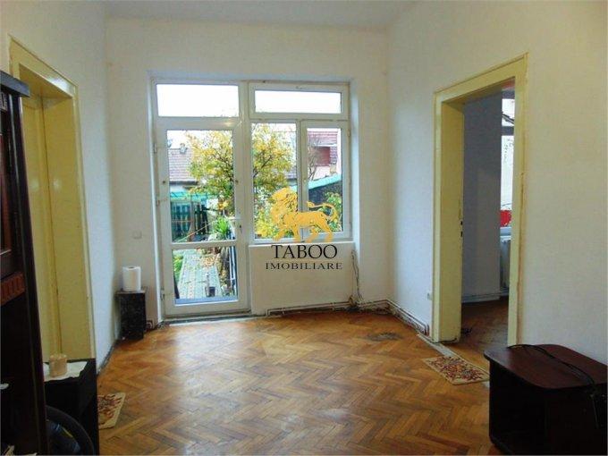 Birou de inchiriat Calea Dumbravii Sibiu cu 4 camere, cu 1 grup sanitar, suprafata 115 mp. Pret: 700 euro.