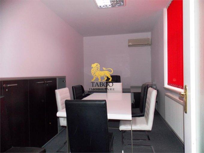 Birou de inchiriat Sibiu cu 4 camere, cu 1 grup sanitar, suprafata 80 mp. Pret: 350 euro.