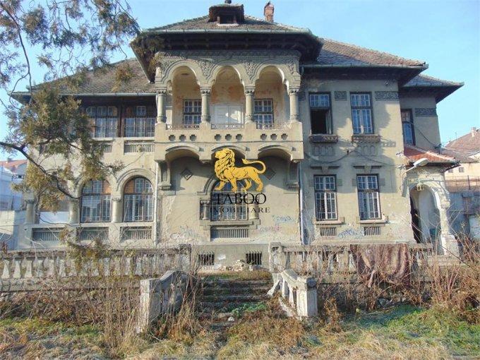 Casa de vanzare direct de la agentie imobiliara, in Sibiu, cu 2.000.000 euro. 1 grup sanitar, suprafata utila 1138 mp. Are  15 camere.