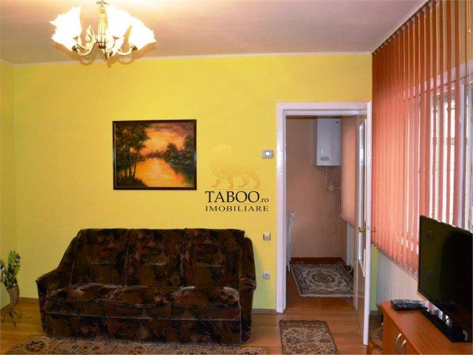Casa de inchiriat in Sibiu cu 2 camere, cu 1 grup sanitar, suprafata utila 78 mp. Suprafata terenului 250 metri patrati, deschidere 10 metri. Pret: 300 euro. Casa