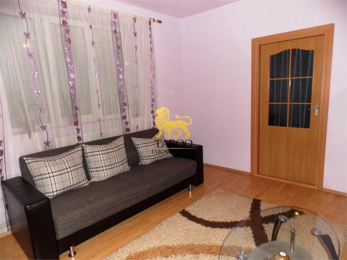 vanzare Casa Sibiu cu 2 camere, 1 grup sanitar, avand suprafata utila 48 mp. Pret: 36.000 euro. agentie imobiliara vand Casa.