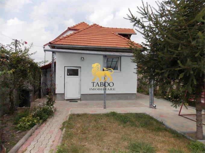 Casa de vanzare direct de la agentie imobiliara, in Sibiu, zona Lazaret, cu 78.000 euro. 2 grupuri sanitare, suprafata utila 75 mp. Are  2 camere.
