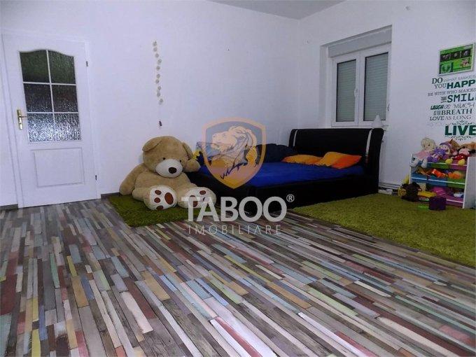 vanzare Casa Sibiu cu 2 camere, cu suprafata utila de 78 mp, 1 grup sanitar. 94.000 euro.. Casa vanzare Trei Stejari Sibiu