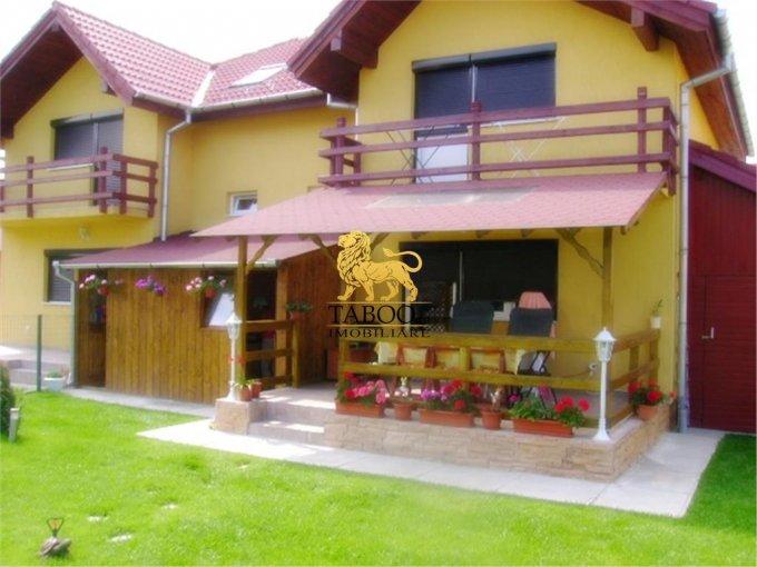 vanzare Casa Sura Mare cu 3 camere, cu suprafata utila de 125 mp, 2 grupuri sanitare. 89.000 euro.. Casa vanzare Sura Mare  Sibiu