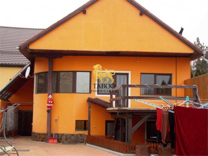 vanzare Casa Selimbar cu 3 camere, 1 grup sanitar, avand suprafata utila 86 mp. Pret: 110.000 euro. agentie imobiliara vand Casa.