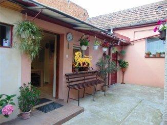 agentie imobiliara vand Casa cu 3 camere, zona Terezian, orasul Sibiu