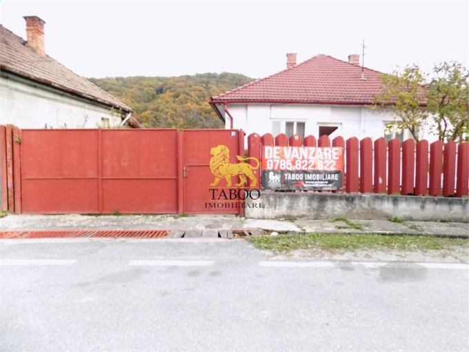 vanzare Casa Talmaciu cu 3 camere, cu suprafata utila de 90 mp, 1 grup sanitar. 58.500 euro.. Casa vanzare Talmaciu  Sibiu