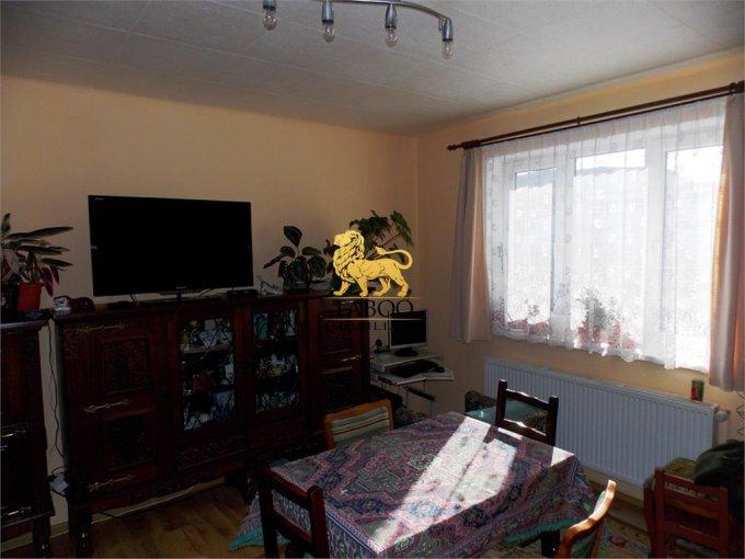 Casa de vanzare direct de la agentie imobiliara, in Sibiu, zona Lazaret, cu 118.000 euro. 1 grup sanitar, suprafata utila 100 mp. Are  3 camere.