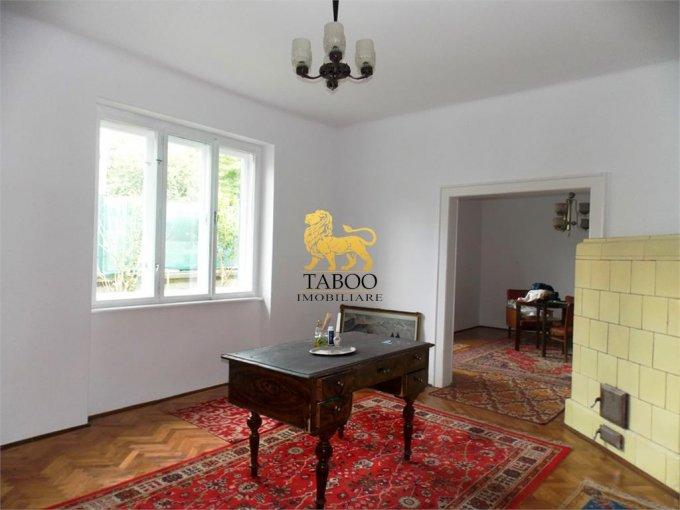 vanzare Casa Sibiu cu 3 camere, cu suprafata utila de 83 mp, 1 grup sanitar. 130.000 euro.. Casa vanzare Strand Sibiu