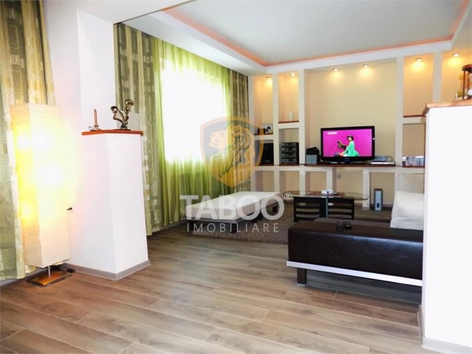 vanzare Casa Sibiu Trei Stejari cu 3 camere, 1 grup sanitar, avand suprafata utila 105 mp. Pret: 125.000 euro. agentie imobiliara vand Casa.