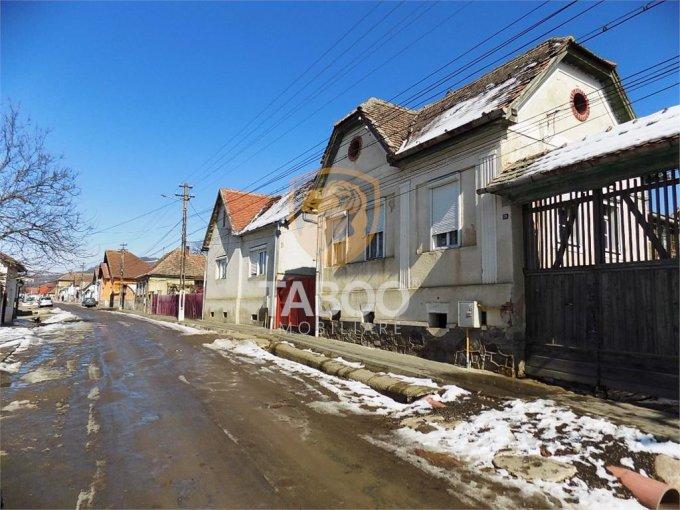 vanzare Casa Sura Mare cu 3 camere, cu suprafata utila de 85 mp, 1 grup sanitar. 35.000 euro.. Casa vanzare Sura Mare  Sibiu