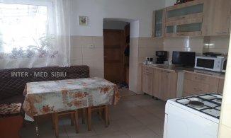agentie imobiliara vand Casa cu 3 camere, zona Stefan cel Mare, orasul Sibiu