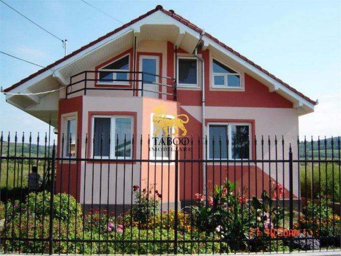 Lazaret Sibiu casa cu 4 camere, 2 grupuri sanitare, cu suprafata utila de 117 mp, suprafata teren 550 mp si deschidere de 15 metri. In orasul Sibiu Lazaret.