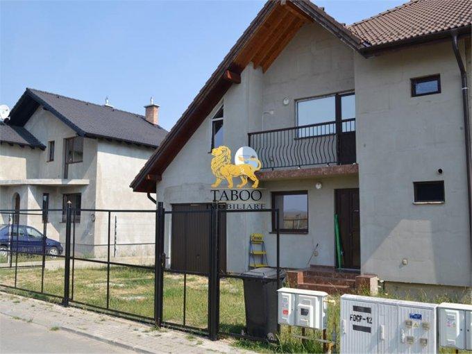 vanzare Casa Sura Mica cu 4 camere, 3 grupuri sanitare, avand suprafata utila 250 mp. Pret: 105.000 euro. agentie imobiliara vand Casa.