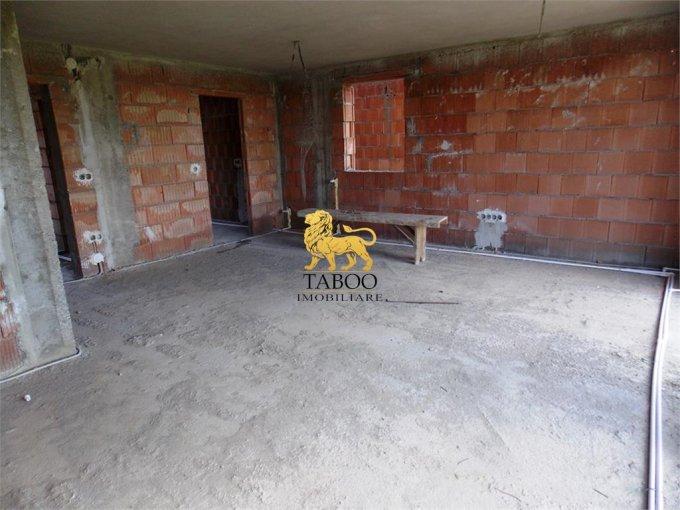 vanzare Casa Sibiu cu 4 camere, cu suprafata utila de 119 mp, 2 grupuri sanitare. 70.000 euro.. Casa vanzare Calea Cisnadiei Sibiu