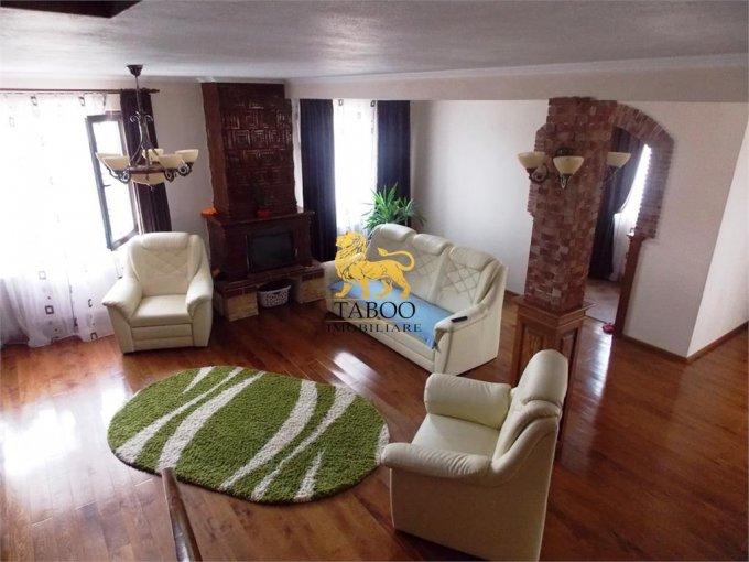 vanzare Casa Sibiu cu 4 camere, cu suprafata utila de 180 mp, 2 grupuri sanitare. 119.000 euro.. Casa vanzare Piata Cluj Sibiu