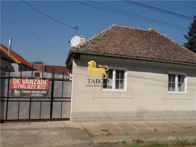 vanzare Casa Miercurea Sibiului cu 4 camere, 2 grupuri sanitare, avand suprafata utila 125 mp. Pret: 54.000 euro. agentie imobiliara vand Casa.