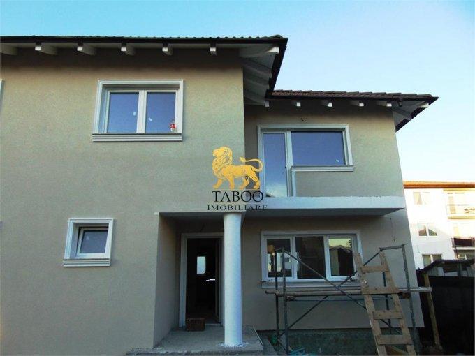 Casa de vanzare direct de la agentie imobiliara, in Sibiu, zona Selimbar, cu 73.000 euro. 2 grupuri sanitare, suprafata utila 115 mp. Are  4 camere.