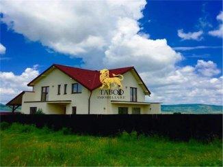 Casa de vanzare cu 4 camere, Avrig Sibiu
