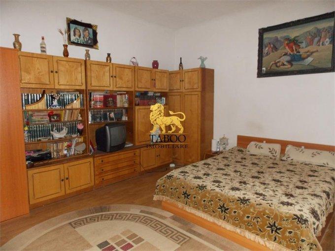 vanzare Casa Sibiu cu 4 camere, cu suprafata utila de 83 mp, 1 grup sanitar. 115.000 euro.. Casa vanzare Sibiu