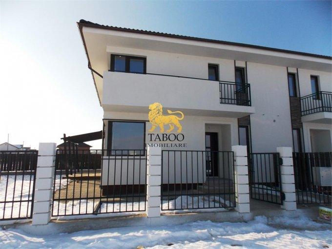 Calea Cisnadiei Sibiu casa cu 4 camere, 2 grupuri sanitare, cu suprafata utila de 115 mp, suprafata teren 223 mp si deschidere de 15 metri. In orasul Sibiu Calea Cisnadiei.