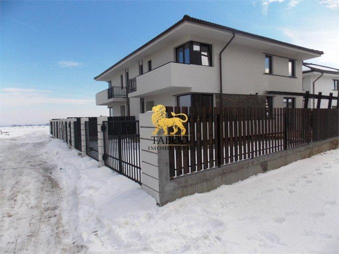 Casa de vanzare in Sibiu cu 4 camere, cu 2 grupuri sanitare, suprafata utila 118 mp. Suprafata terenului 223 metri patrati, deschidere 10 metri. Pret: 77.900 euro. Casa