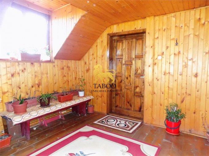 vanzare Casa Sibiu cu 4 camere, cu suprafata utila de 165 mp, 2 grupuri sanitare. 89.000 euro.. Casa vanzare Terezian Sibiu