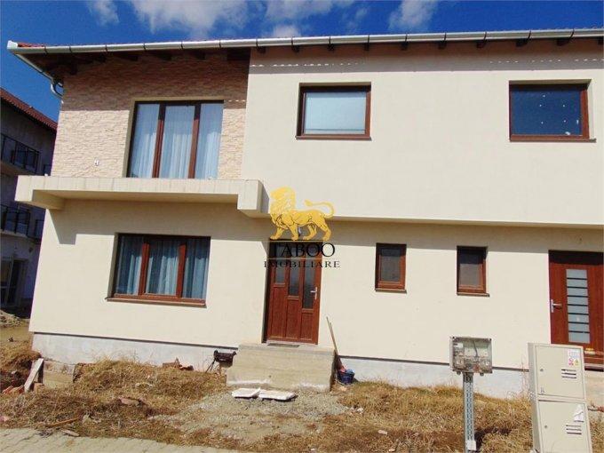 Calea Cisnadiei Sibiu casa cu 4 camere, 2 grupuri sanitare, cu suprafata utila de 118 mp, suprafata teren 215 mp si deschidere de 8 metri. In orasul Sibiu Calea Cisnadiei.